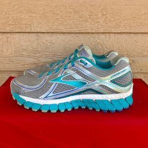 Brooks Adrenaline GTS 16 Athletic Running Shoes